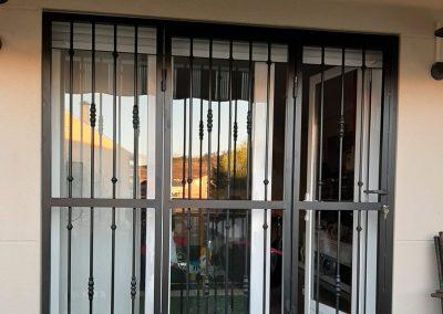 rejas puerta exterior